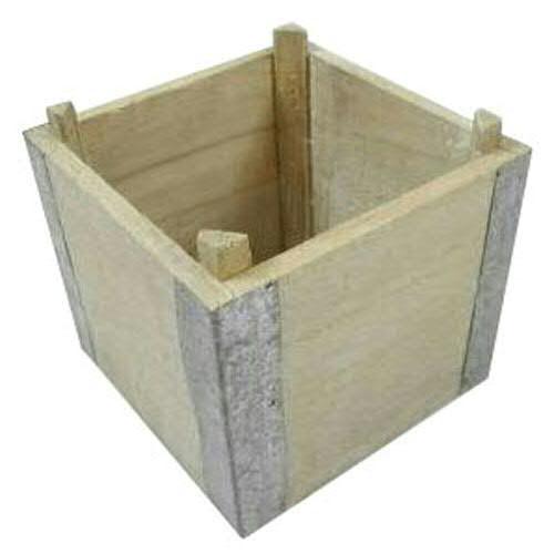 Kasten Holz 15x15x13cm m.Metallecken