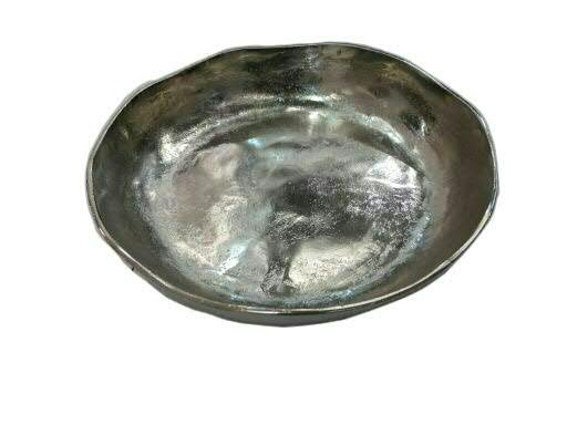Schale Alu antik D30H6cm gewellt mit R, silber